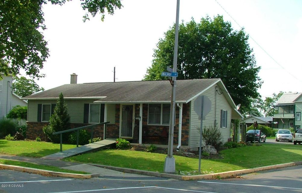 200 WALNUT Street, Mifflinburg, PA 17844