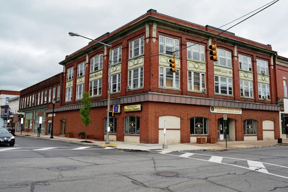 1 S FRONT Street, Milton, PA 17847