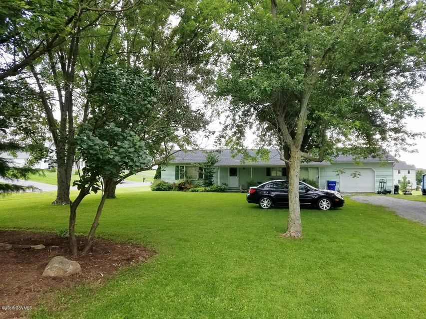 614 HOSPITAL Drive, Lewisburg, PA 17837