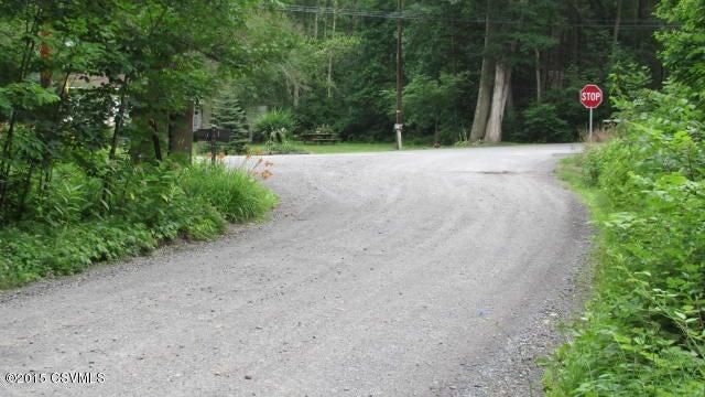 33 JONES MOUNTAIN Road, Mifflinburg, PA 17844
