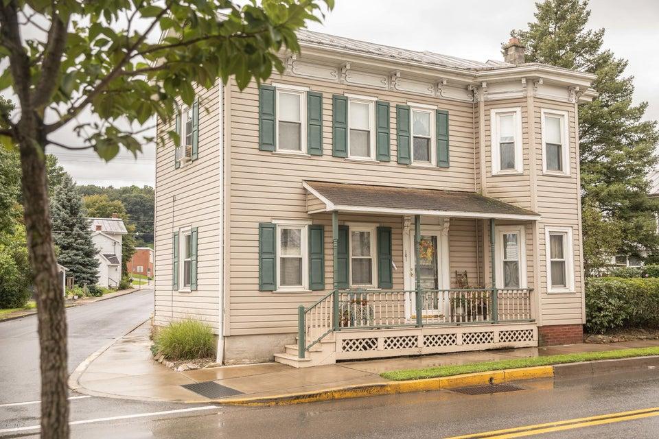 101 CHESTNUT Street, Mifflinburg, PA 17844