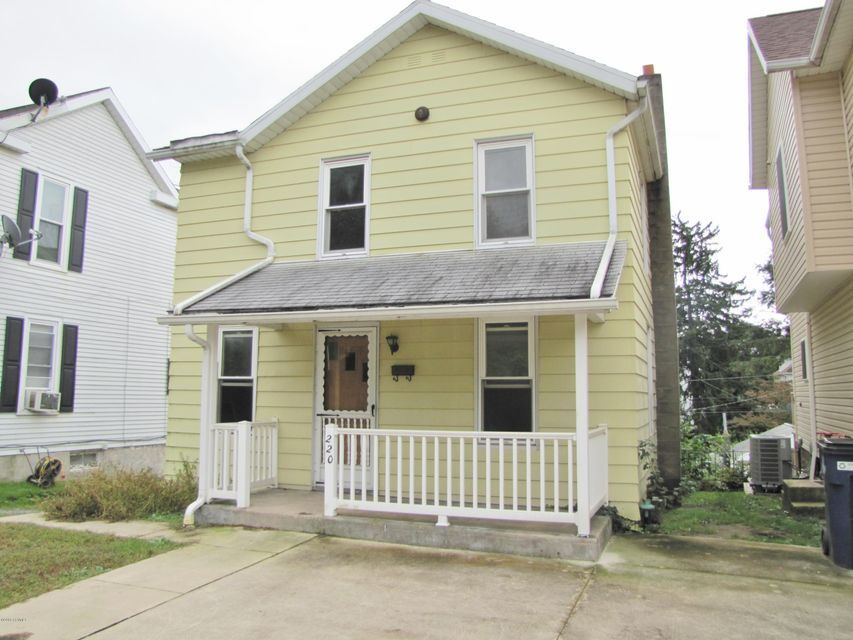 220 UPPER MARKET Street, Milton, PA 17847