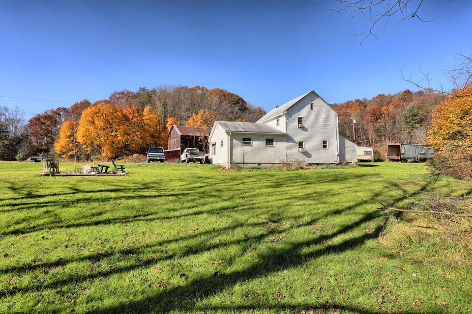 2297 FREMONT Road, Mount Pleasant Mills, PA 17853