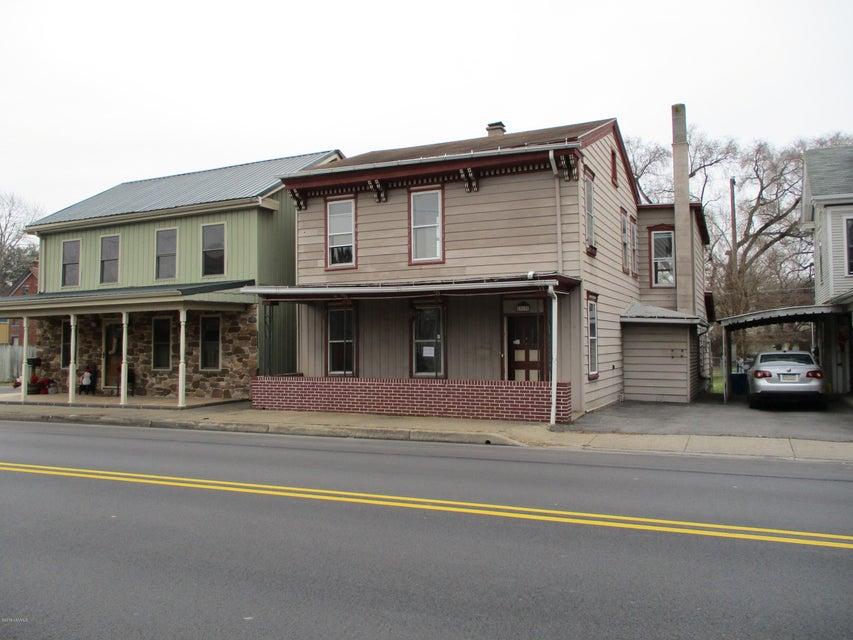 319 N MARKET Street, Selinsgrove, PA 17870