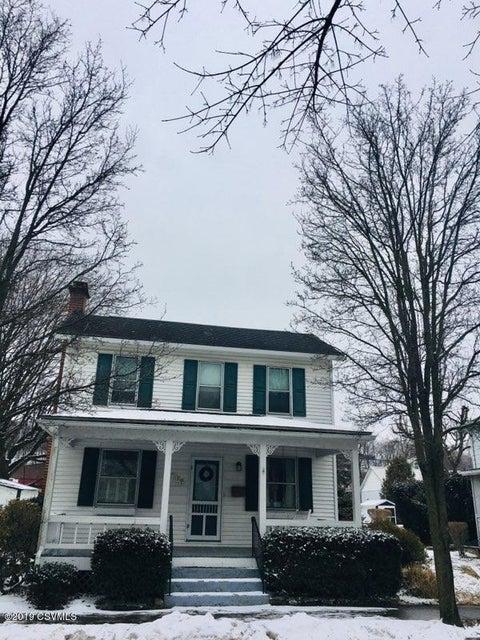 137 MARKET Street, Mifflinburg, PA 17844