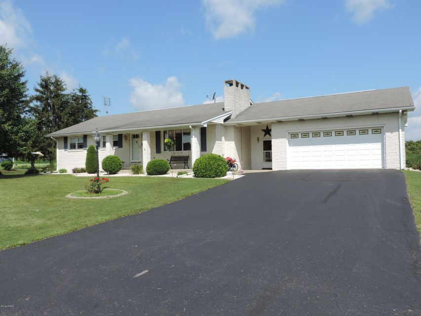 1486 SAND HILL Road, Selinsgrove, PA 17870