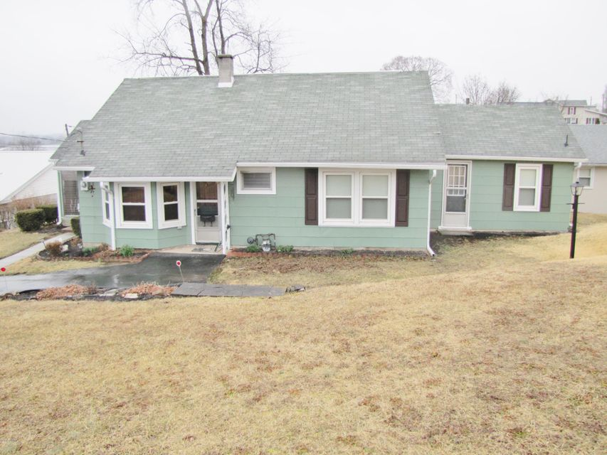 251 E MILL Alley, Watsontown, PA 17777