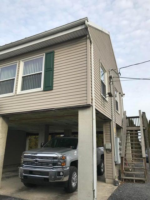 311 N MARKET Street, Selinsgrove, PA 17870