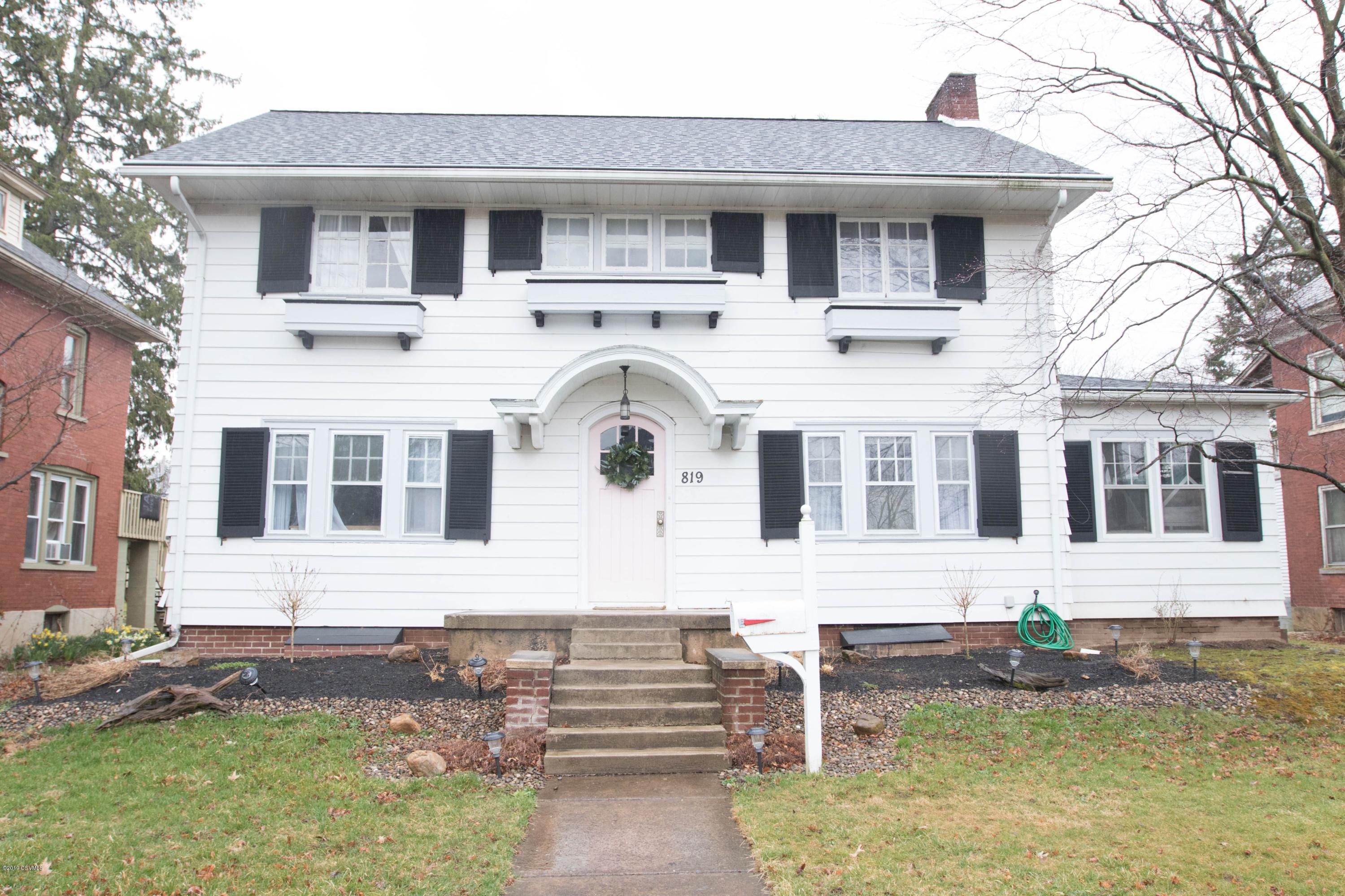 819 N FRONT Street, Milton, PA 17847