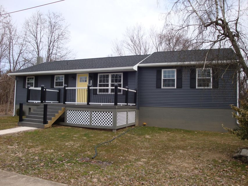 111 DIVISION Street, Muncy, PA 17756