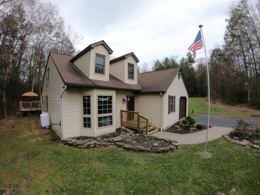 299 GRASSY POND Road, Sweet Valley, PA 18656