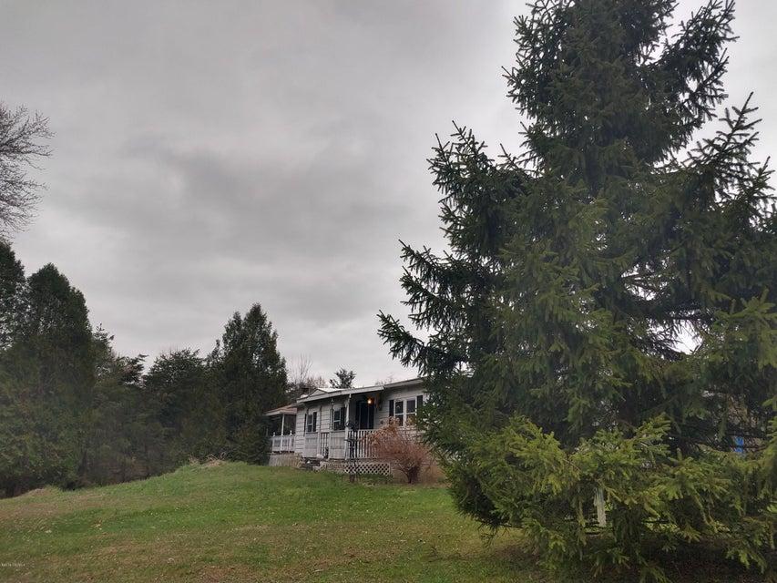 3 MAUST Lane, Danville, PA 17821