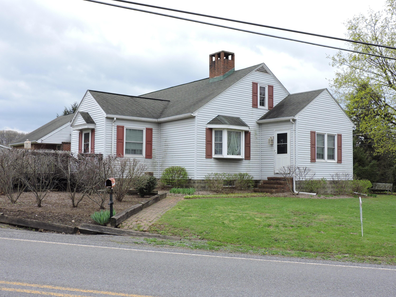 118 7 POINTS Road, Sunbury, PA 17801