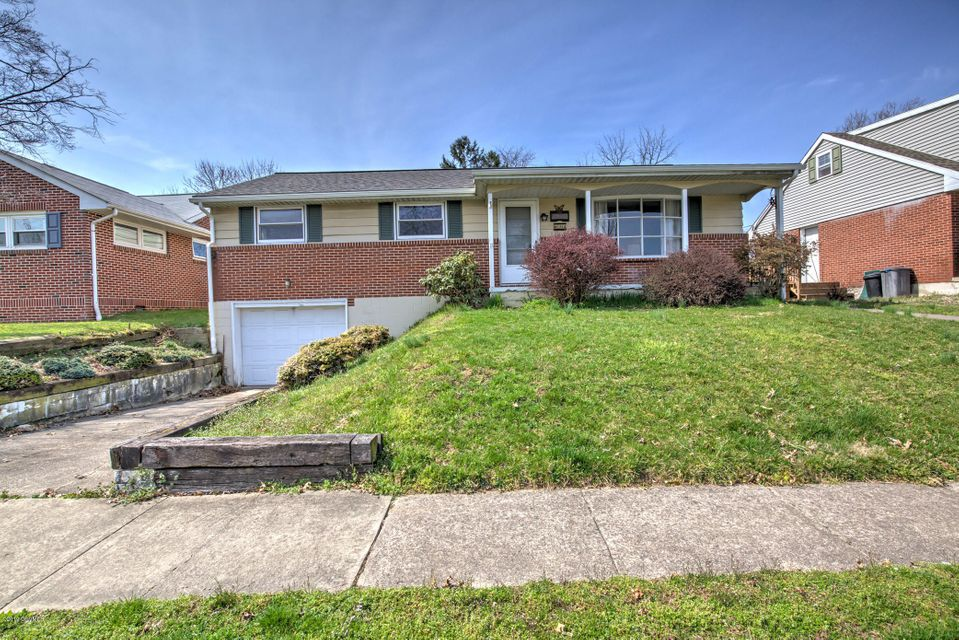 804 8TH Street, Selinsgrove, PA 17870
