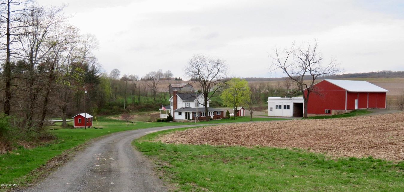 413 W MOUNTAIN Road, Paxinos, PA 17860