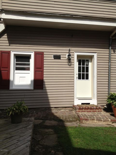 5 STRAWBERRY Alley, Selinsgrove, PA 17870