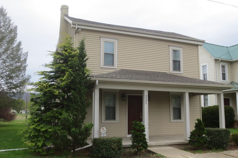227 W 3RD Street, Mifflinville, PA 18631