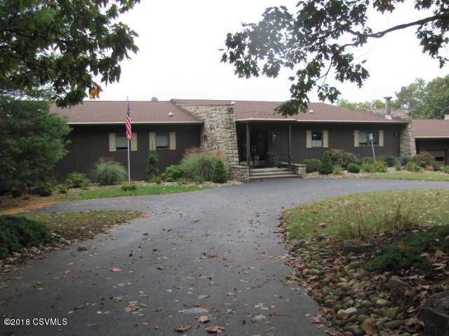 63 CRICKET Lane, Danville, PA 17821
