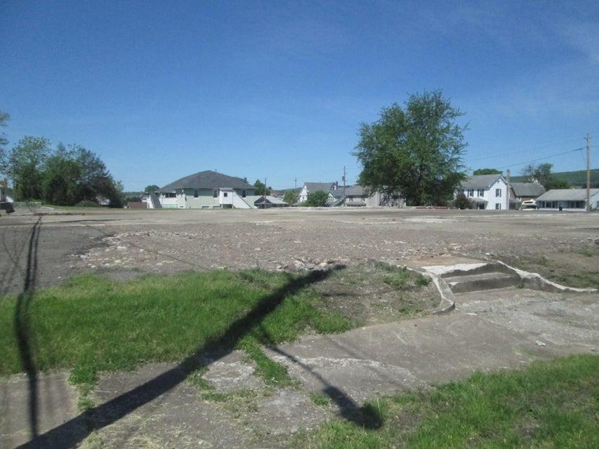 114-118 Spring Garden Avenue, Berwick, PA 18603
