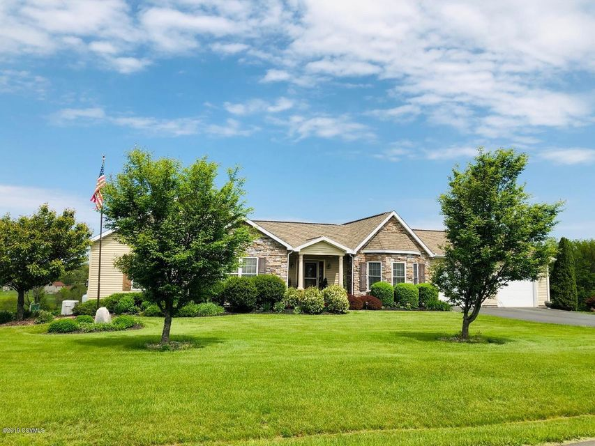29 HOBBY HORSE Hill, Middleburg, PA 17842
