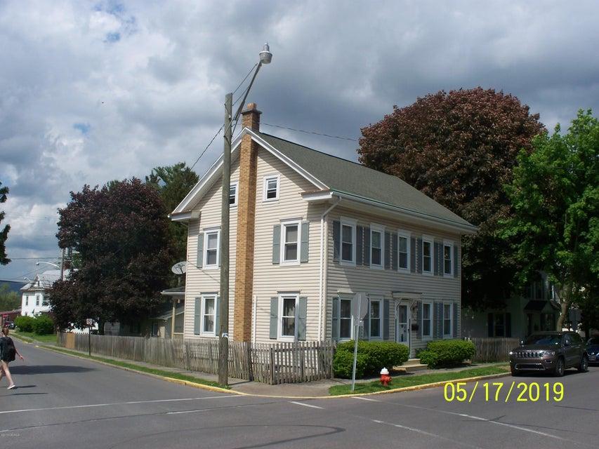 140 MARKET Street, Mifflinburg, PA 17844