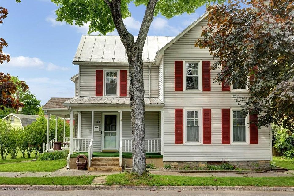 108 MARKET Street, Mifflinburg, PA 17844