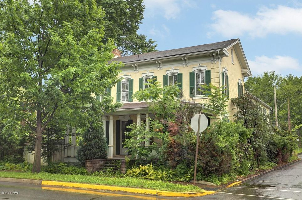 839 CHESTNUT Street, Mifflinburg, PA 17844