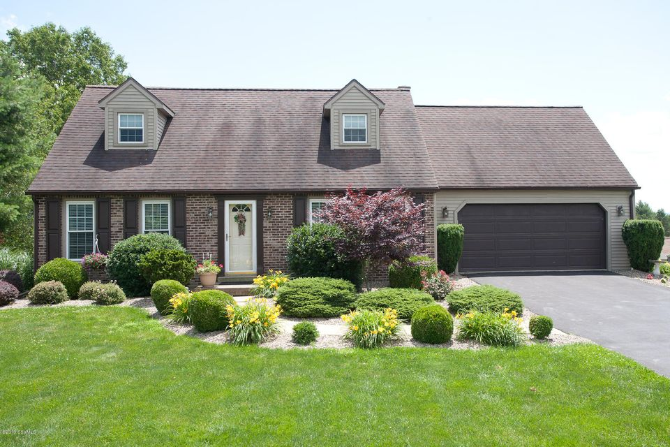 142 ESSEX Lane, Northumberland, PA 17857