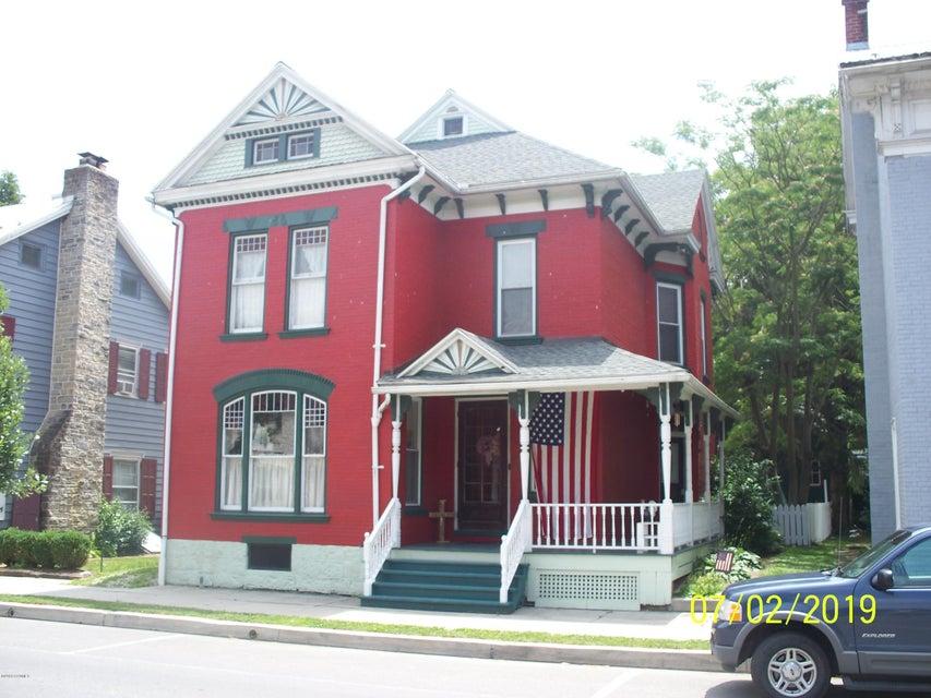 261 CHESTNUT Street, Mifflinburg, PA 17844