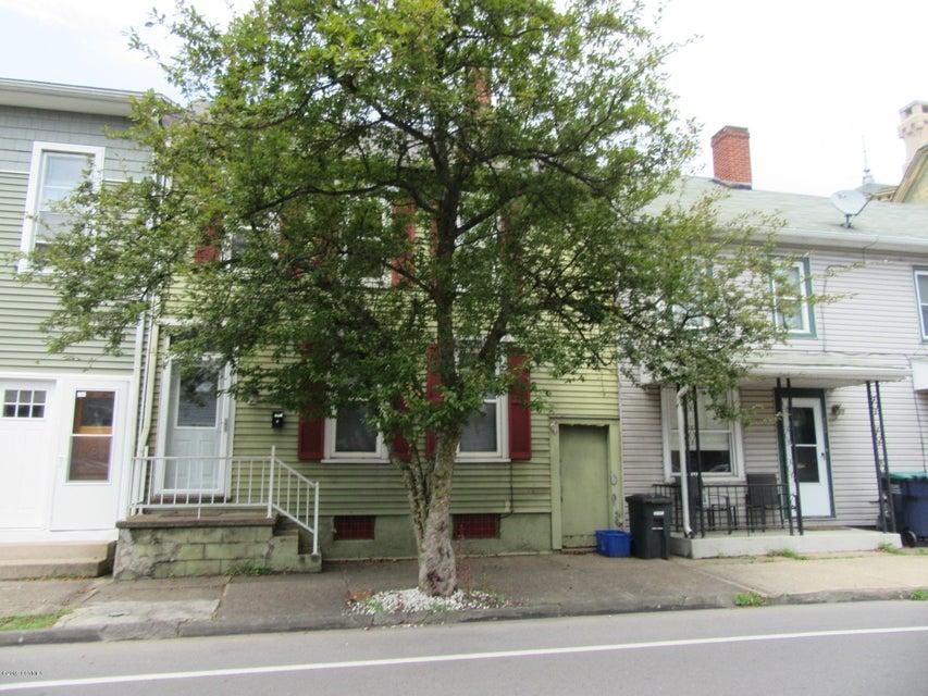 39 E MARKET Street, Danville, PA 17821