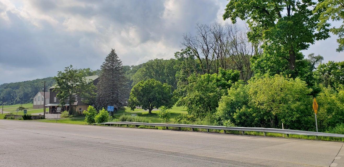 BROADWAY Road, Milton, PA 17847