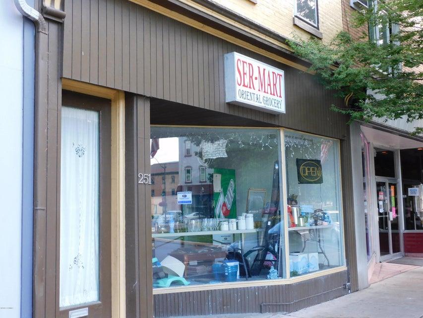 251 MARKET Street, Sunbury, PA 17801