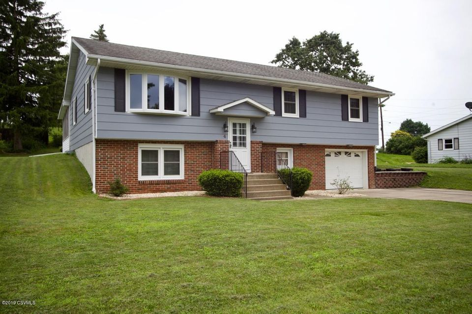 4 OLD ORCHARD Road, Milton, PA 17847