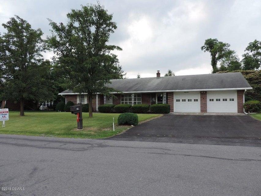 29 VERTIE Lane, Milton, PA 17847