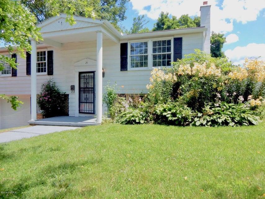21 SYCAMORE Lane, Milton, PA 17847