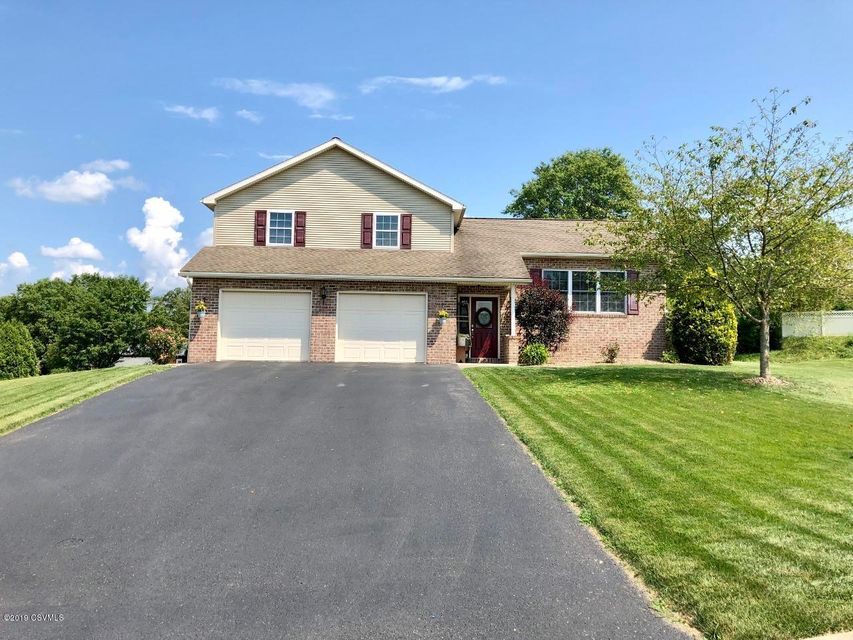 53 AUGUSTA Drive, Selinsgrove, PA 17870