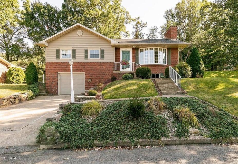 2435 HIGHLAND Avenue, Duboistown, PA 17702