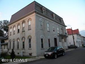 906 CENTER Avenue, Beaver Springs, PA 17812