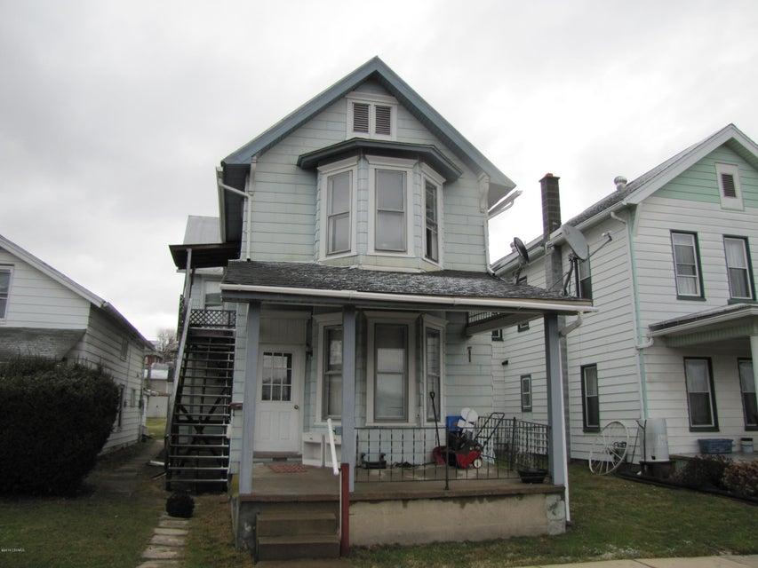 210 PENNSYLVANIA Avenue, Watsontown, PA 17777