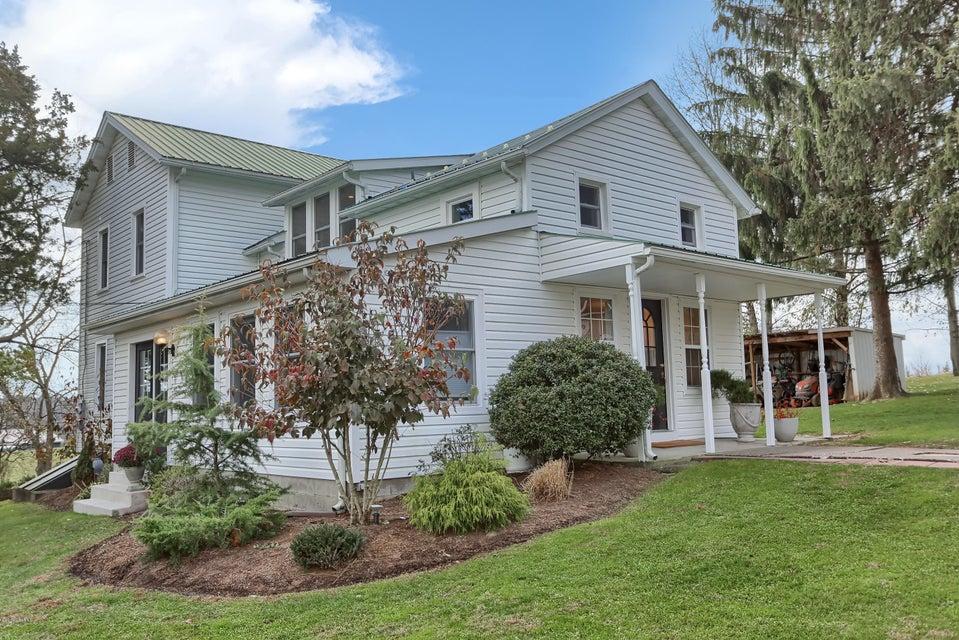835 N 3RD Street, Mifflinburg, PA 17844
