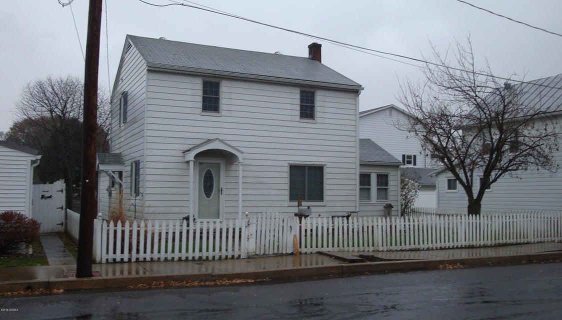 810 ELM Street, Watsontown, PA 17777