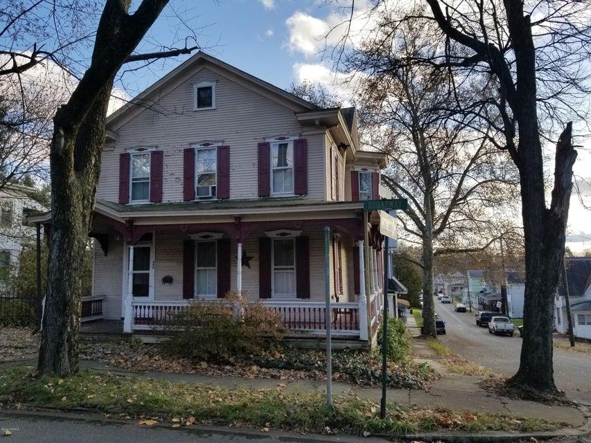400 BROADWAY Street, Milton, PA 17847