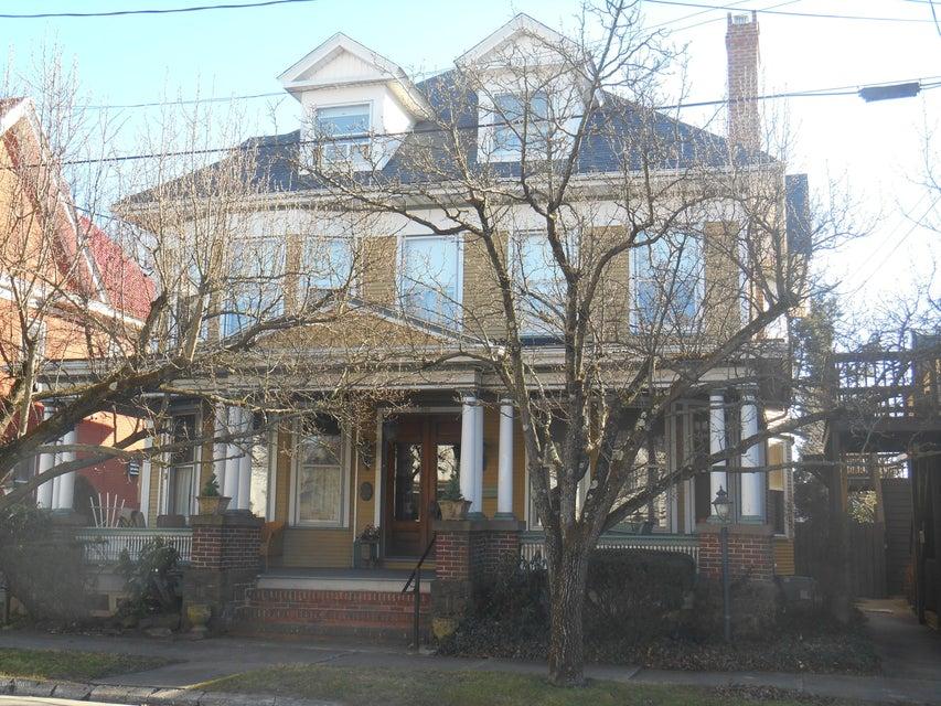 206 E FRONT Street, Berwick, PA 18603