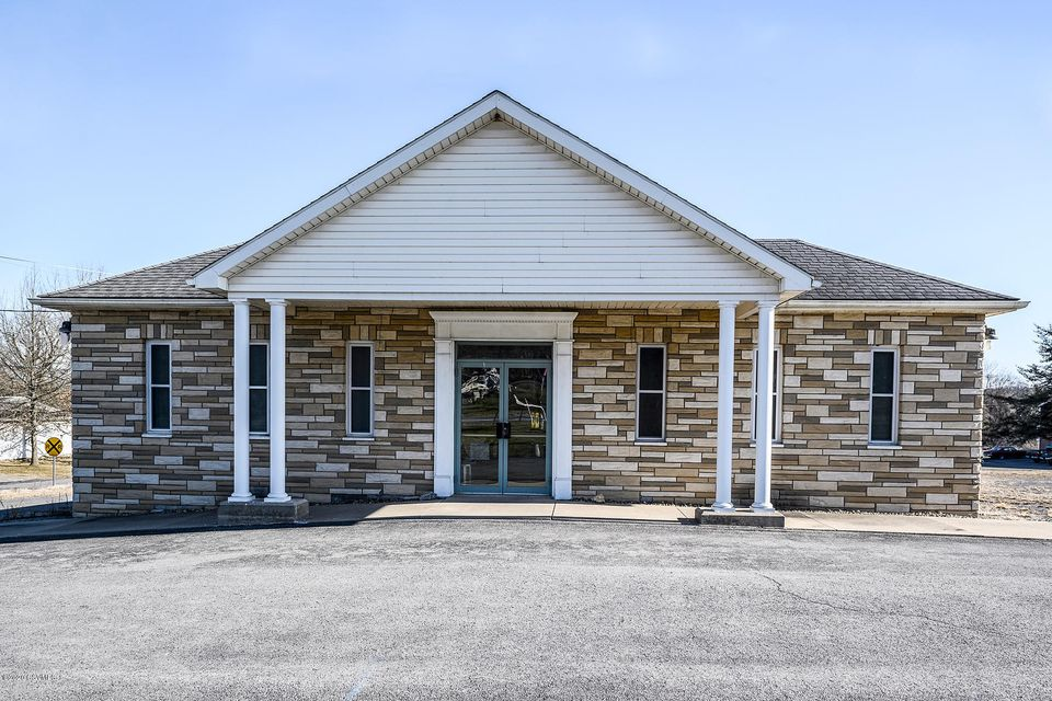 906 OLD RTE 15 Highway, New Columbia, PA 17856