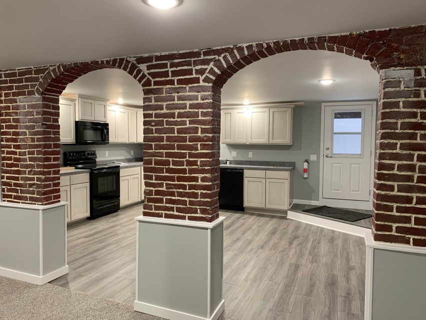58 STRAWBERRY APT 1 Alley, Selinsgrove, PA 17870