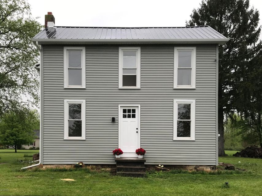 471 N 3RD Street, Mifflinburg, PA 17844