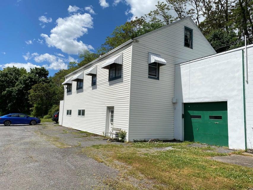 84 EYER Road, Danville, PA 17821