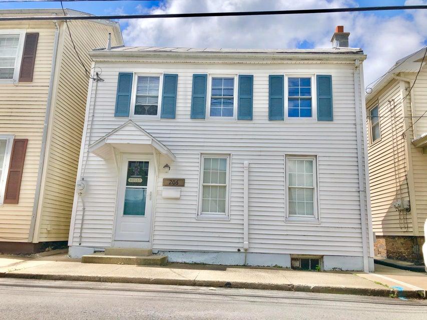 206 W MAHONING Street, Danville, PA 17821