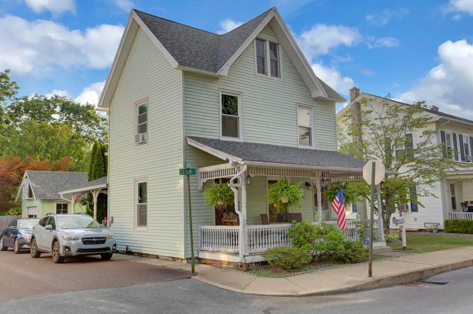 601 ELM Street, Watsontown, PA 17777