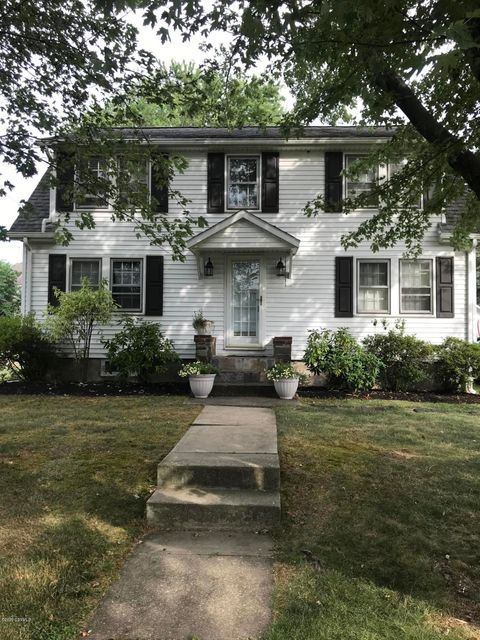 14 N RED MAPLE Street, Selinsgrove, PA 17870